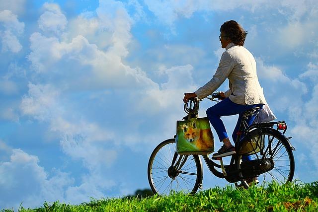 jízda ženy na kole